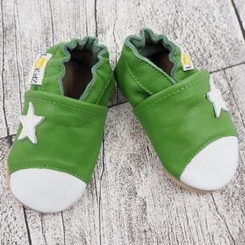 Chaussons en cuir Lookidz Etoile blanche fond vert