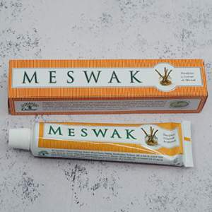 Dentifrice ayurvédique au Meswak