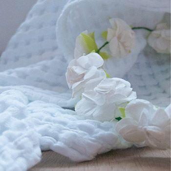 Couverture en coton bio Paros Kadolis - 75x100 blanche