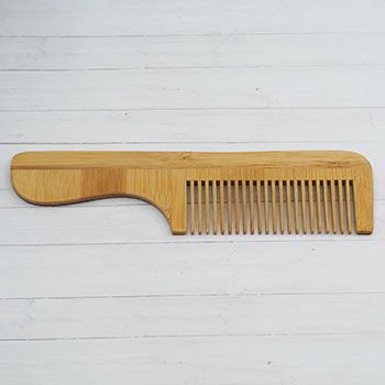 Peigne en bois de bambou avec manche Croll & Denecke